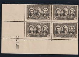 Algérie - Bloc De Quatre Coin Datée Du N° 152 Sans Charniére Trace D'hadérance Bloc Dateur Inversé 39 - Algerien (1924-1962)