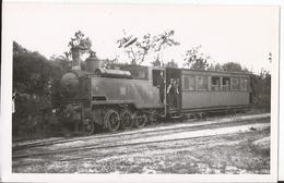 Photo - Chemin De Fer - Locomotive  - Train Grande Banlieue - à Etampes - Eisenbahnen