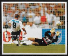 LESOTHO   BF 124 * * (cote 7.50e)   Cup 1998  Football Soccer Fussball  Shearer - Coupe Du Monde
