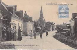 37 - ST GENOUPH : Route De Tours - CPA - Indre Et Loire - France