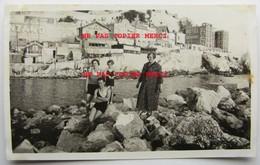 Marseille 13 En 1933 Homme Femme Enfant En Maillot De Bain Café Hotel Restaurant Photo Originale Cliché Amateur Inédit - Other