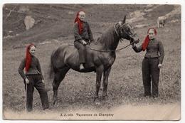 Champéry : Paysannes Au Champ (Editeurs Jullien Frères, Genève, J.J. N°1251) - VS Wallis