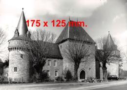 SOLRE-sur-SAMBRE - Le Château-Fort - Dim. 170 X 125 Mm - Lieux