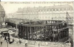 CPA 75 PARIS Travaux Du METRO Fermes De La Gare Avant Travaux Place Saint Michel , Animée - Metro, Stations