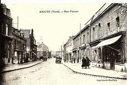 CPA  59 ANICHE Rue Patoux , Animée , Voiture , Commerces , Nord - Otros Municipios