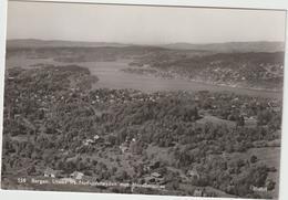 Norvège :  BERGEN  Utsikt  Fra  Natlandshoyden  Mot  Nordasvannet  ( Encrett Mittet Et Co A/s Oslo ) - Norvegia