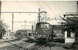 060120B - PHOTO BREHERET TRANSPORT TRAIN CHEMIN DE FER - 1960 Loco 2D2-5102 Train SNCF - Stations - Met Treinen