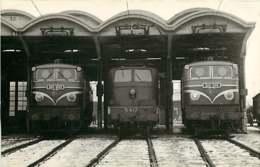 060120B - PHOTO SCHNABEL TRANSPORT TRAIN CHEMIN DE FER - 1956 Loco SNCF 2D2-9103 5417 2D2-9114 Dépôt De Paris Charolais - Stations - Met Treinen