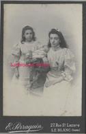 Grand CDV-(CAB) 2 Jeunes Filles Jolies Robes-mode-photo Perraguin à Le Blanc (Indre) - Anciennes (Av. 1900)