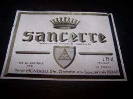 Etiquette Vin Wine Label Ancienne Old Sancerre Montagu Sainte Gemme - Collections, Lots & Séries