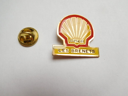 Beau Pin's , Carburant Essence , Oil , Huile , Shell , Les Brenets , Suisse - Carburants