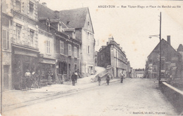 AVIT18-  ARGENTON DANS L'INDRE RUE VICTOR HUGO ET PLACE DU MARCHE AU BLE  CPA  CIRCULEE - France