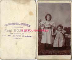 CDV  2 Jolies Fillettes-photographe Rare Paul ROZAIRE à Le Blanc (Indre) - Anciennes (Av. 1900)