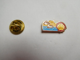 Beau Pin's , Carburant Essence , Oil , Huile , Shell , Tefic. ?? - Carburants