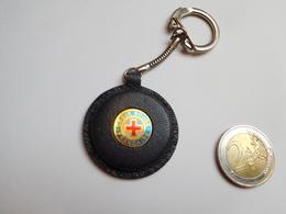 Beau Porte Clés , Médical , Croix Rouge Française - Porte-clefs