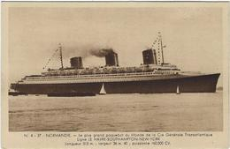 Bateau Paquebot Normandie De La Compagnie Transatlantique - Paquebots