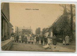 80 CHILLY Attroupement De Villageois La Place Editeur F Cadé  - écrite En 1915     D20 2019 - Other Municipalities