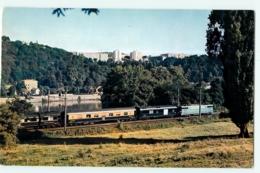 """Train """" Le MISTRAL """" Près De LYON - Editions La Vie Du RAIL - Chemin De Fer - Lire Descriptif - 2 Scans - Trains"""