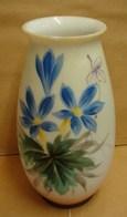 Lot. 1227. Vase En Opaline Décoré De Fleurs - Verre & Cristal