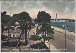 BRINDISI - Monumento Al Marinaio D'Italia E Giardinetto Vittorio Emanuele,   Viaggiata  1957 - Brindisi