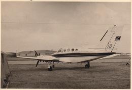 Photo Originale Format CP Avion Aviation Cessna 411 Gosselies 1967 - Aviación