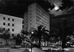 Cartolina Sassari Grattacielo Notturno Timbro Targhetta PT 1960 - Sassari