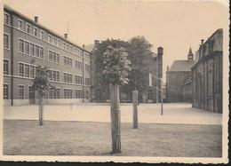 Namur. Collège Saint-Louis. Une Cour De Récréation. Ecole - Namur