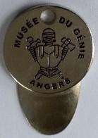 Jeton De Caddie -  MUSEE DU GENIE - ANGERS (49) - En Métal - Neuf - - Jetons De Caddies
