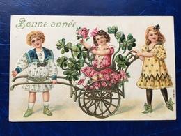 """Embossed-Gaufrée--""""3 Fillettes-petit Chariot-trèfles à Quatre Feuilles""""-(my Ref 519)-1909 - Nouvel An"""