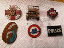 Lot De 6 Insignes à Identifier. - Militaria