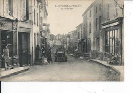 SAINT JUST LE PENDUE   Grande Rue - France