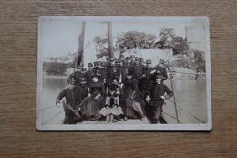 Cabinet Photographie Militaire   1885 Sur La Rance Les Officiers  Par Oblin Saint Malo - Guerra, Militari