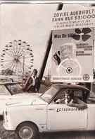 LOTSENDIENST GIRLS IN OKTOBERFEST - MUNICH, GERMANY. YEAR 1969. PHOTO FOTO -LILHU - Métiers