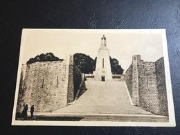 Monument à La Victoire Et Aux Soldats De VERDUN - Monuments Aux Morts