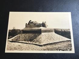 DOUAUMONT Le Soldat Du Droit - Monuments Aux Morts