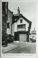 Old Cottage And Pump Outside St Mary's Hall COVENTRY - Coventry