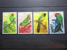 VEND BEAUX TIMBRES DE FIDJI N° 474 - 477 , XX !!! - Fidji (1970-...)