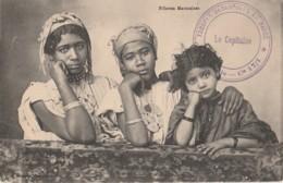 FILLETTES MAROCAINES - BOUSSUGE , CASABLANCA + TAMPON MILITAIRE TOUPES DEBARQUEES AU MAROC 2° GENIE Cie 17/1 - 2 SCANS - Maroc