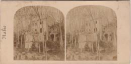 ITALIE - ROME - TOMBEAU ANTIQUE , DANS LA VILLA BORGESE - PHOTO STEREOSCOPIQUE - VERS 1870 - 2 SCANS - Stereoscopio