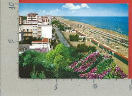 CARTOLINA VG ITALIA - RICCIONE (RN) - Lungomare E Spiaggia - 10 X 15 - 1970 - Rimini