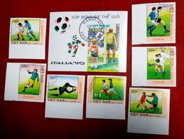 VIETNAM Football Italia 90, 1989 Vietnam - Italy Soccer FULL SET  NOTPERF. - 1990 – Italië