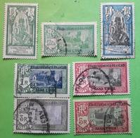 INDE FRANÇAISE,  1929, Valeurs En Monnaie Indienne, 7 Timbres Obl  Yvert 89, 91,92, 101/ 104 BTB - Inde (1892-1954)