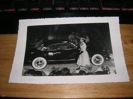 Photo 11x18 Simca 8 Sport Ou Ford Comète Carrosserie Facel Salon Automobile Femme Elegante Bon Etat - Automobiles