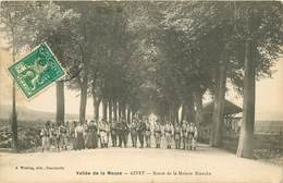 GIVET - Route De La Maison Blanche, Militaires. - Givet