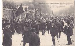 MANIFESTATION AU CIMETIERE DU PERE LACHAISE - Non Classés