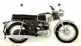 "Sprint 200, Tempo +-15cm X 11cm "" Perforada "" Moto MOTOCROSS MOTORCYCLE Douglas J Jackson Archive Of Motorcycles - Fotos"