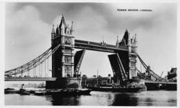 London Londen   Tower Bridge   Photo    Barry 4660 - Autres