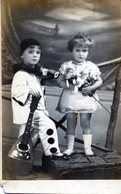 FOTOGRAFIA DE DOS NIÑOS DISFRAZADOS. COSTUME. CHILDREN. CARTA POSTAL. CIRCA 1920. - NTVG. - Fotografía