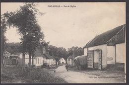 CPA 80 - PONT-NOYELLE, Rue De L'Eglise - Otros Municipios