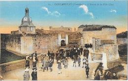 Concarneau (Finistère) L'Entrée De La Ville Close - Edition J. Nozais - Carte Colorisée N° 15 Non Circulée - Concarneau